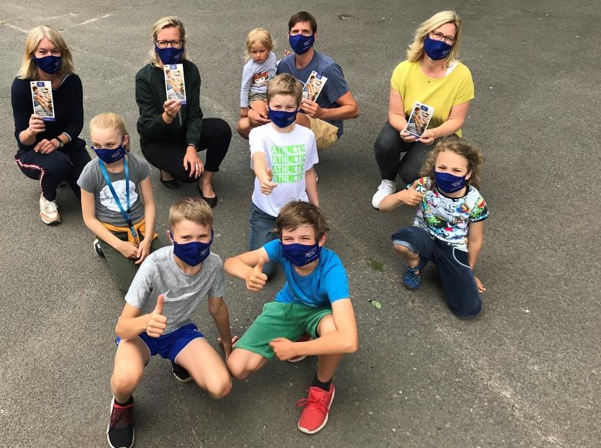 Förderverein begrüßt neue 5er mit KvG-Schulmasken